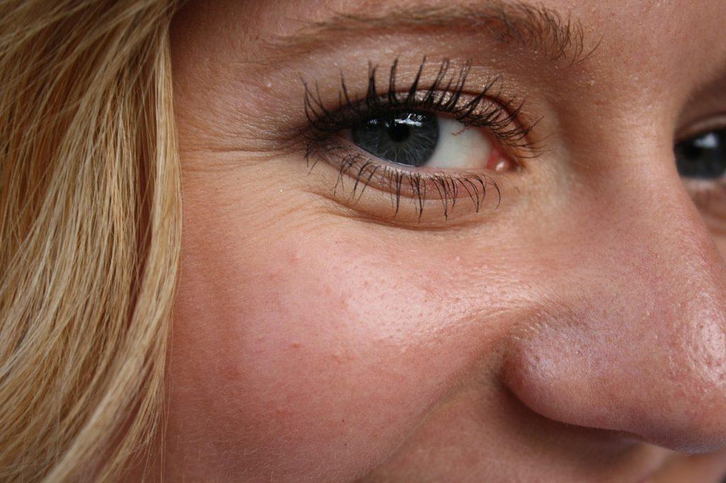 Cách trị quầng thâm mắt trong 60 giây không phải ai cũng biết