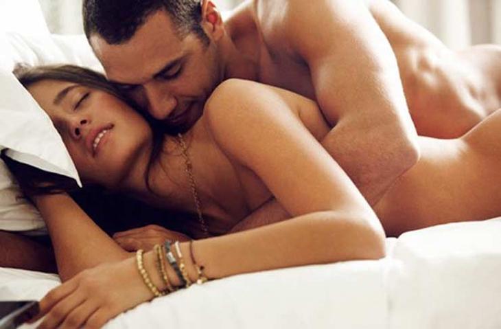 lợi ích của tình dục sáng sớm