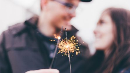 Tận hưởng không khí mùa lễ hội cùng 10 bí kíp yêu đơn giản