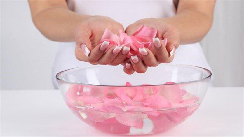 3 loại nước hoa hồng, có thực sự cần thiết?
