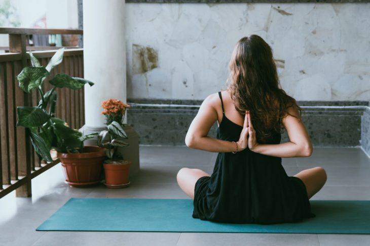 yoga chăm sóc bản thân