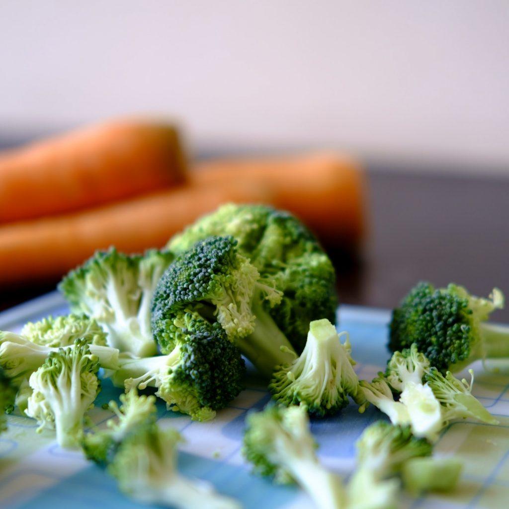 bông cải xanh trong thực đơn low carb