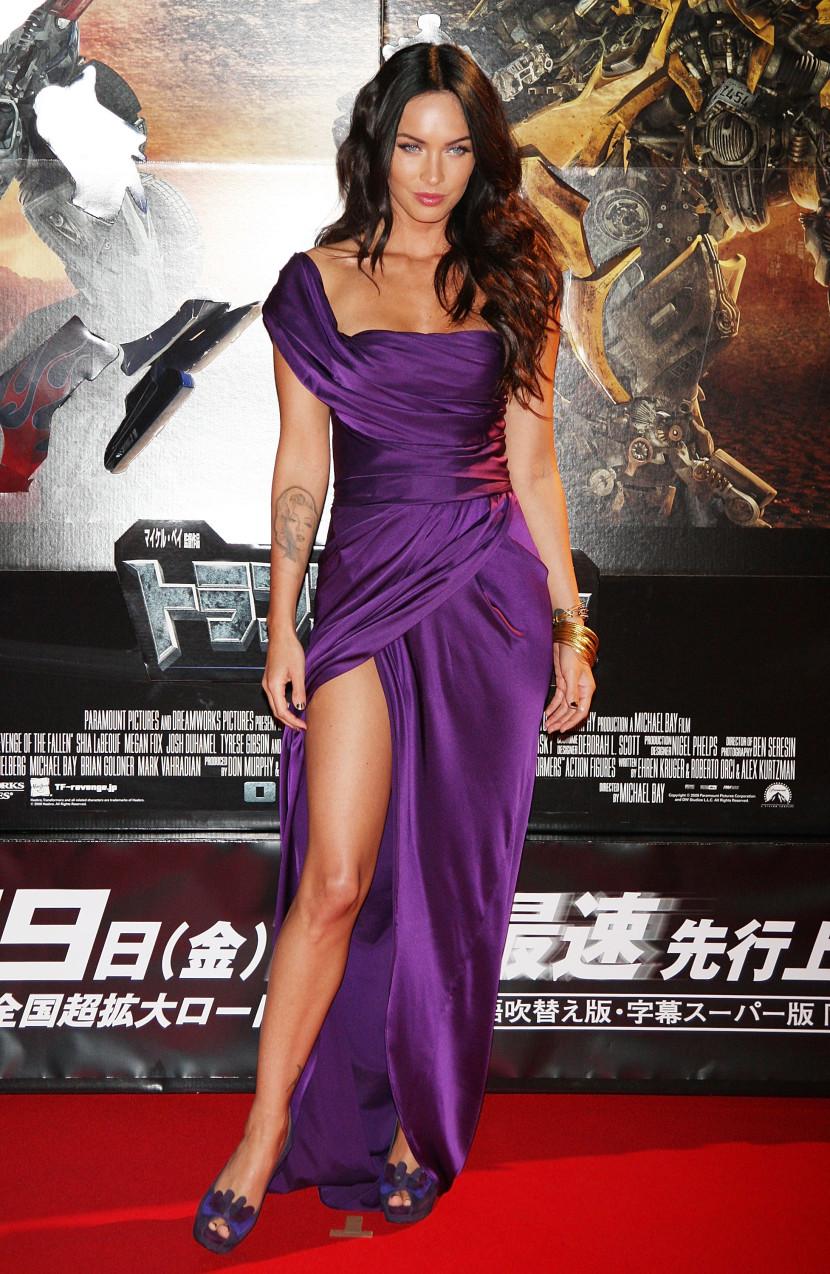 20 sao nữ từng diện trang phục Ultra Violet trên thảm đỏ
