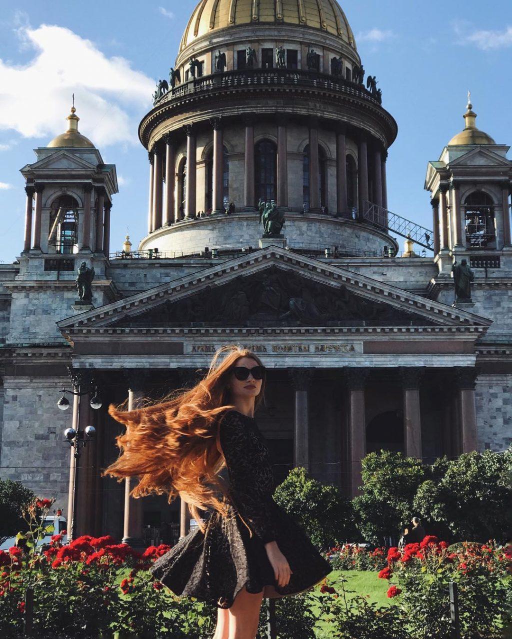 """Cách làm tóc nhanh dài và dày của """"công chúa tóc mây"""" Anastasiya Sidorova"""