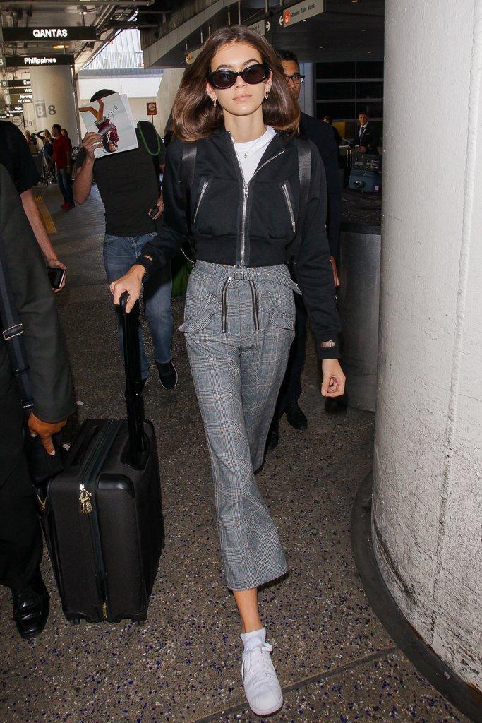 """Gu thời trang ấn tượng của Kaia Gerber - """"thiên thần"""" tuổi 16 của siêu mẫu Cindy Crawford"""
