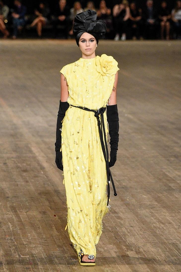 ELLE Việt Nam - Màu vàng Gen-Z sẽ thay thế màu hồng Millenial thống trị thời trang 2018 (1)