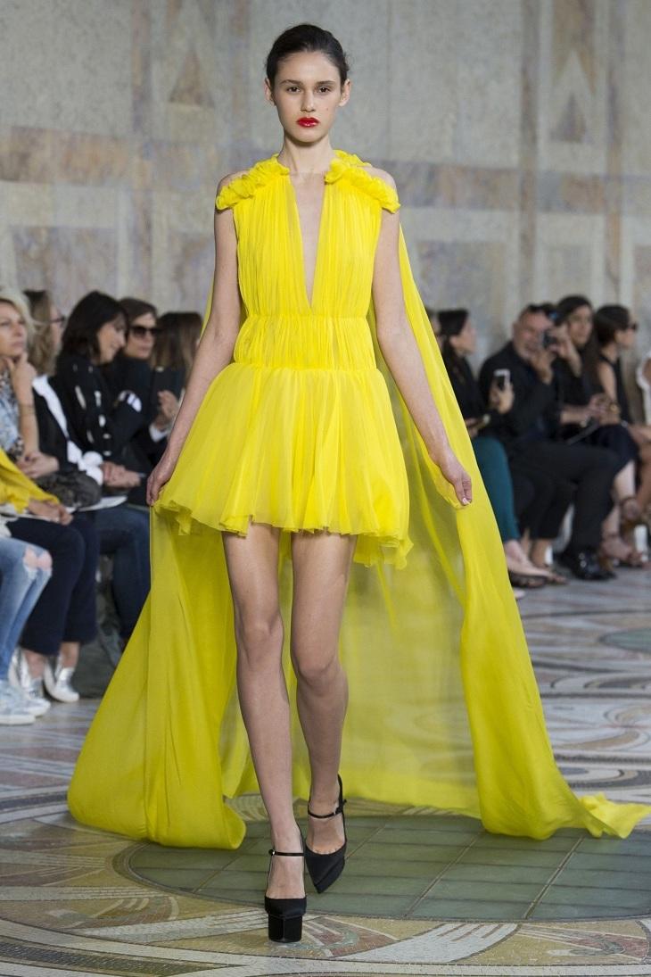 ELLE Việt Nam - Màu vàng Gen-Z sẽ thay thế màu hồng Millenial thống trị thời trang 2018 (13)