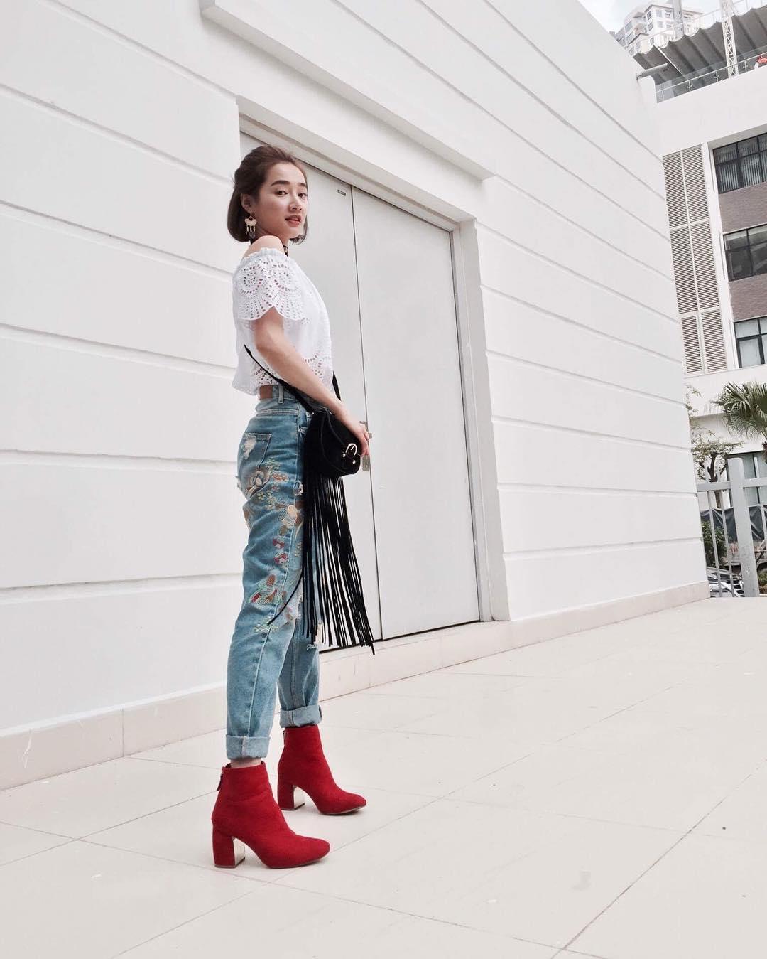 Sao Việt đón đầu xu hướng boots thấp cổ thời thượng năm 2018 như thế nào?