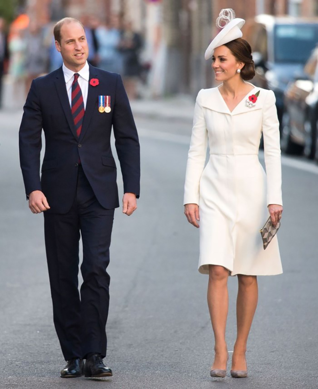 Hé lộ nhân vật Hoàng gia '' ngầm'' đứng sau gu thời trang chuẩn mực của Meghan Markle