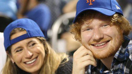 Ed Sheeran chào đón năm mới bằng màn cầu hôn tuyệt vời dành cho người bạn gái lâu năm