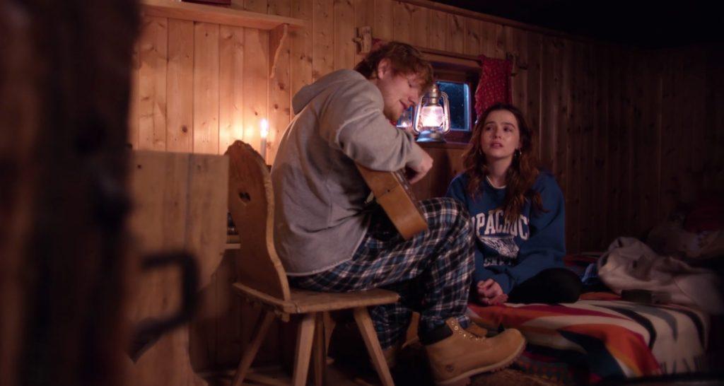 Ed Sheeran cầu hôn bạn gái
