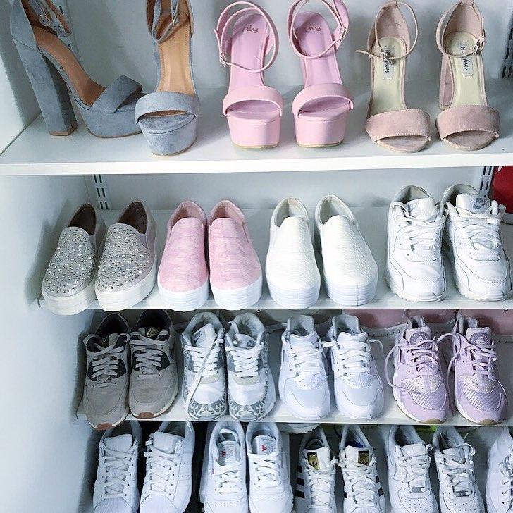 """Khám phá """"gia tài giày sneaker"""" trong mơ của 7 cô nàng sành điệu ..."""