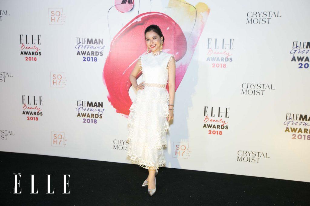 Elle Beauty Awards xu hướng làm đẹp nổi bật son đỏ 2