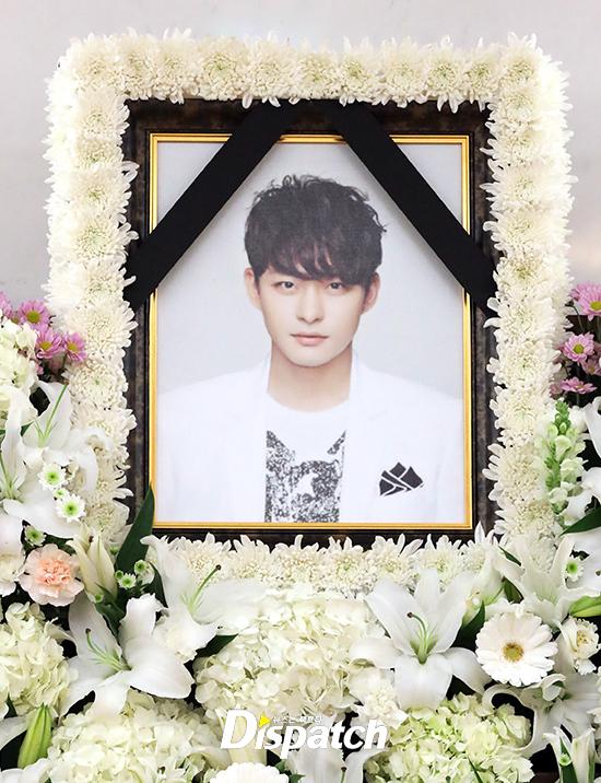 hình ảnh tại tang lễ