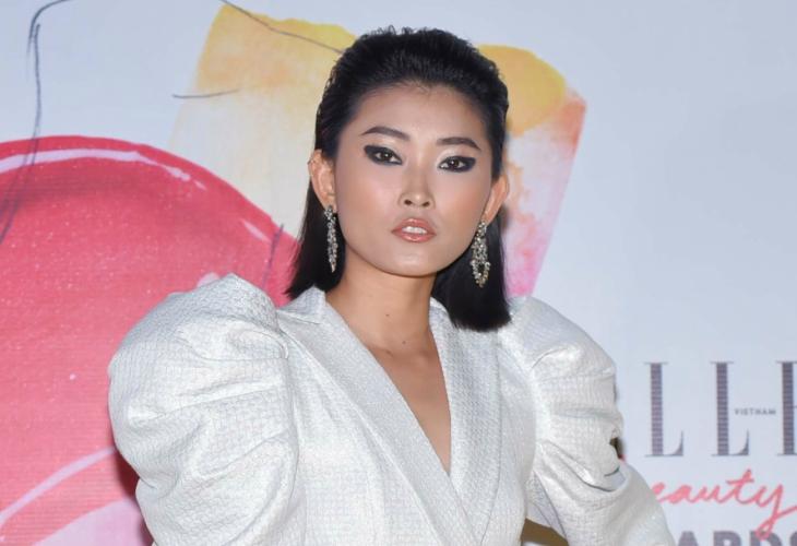 ELLE Beauty Awards 2018 phong cách trang điểm ấn tượng tóc thẳng 3