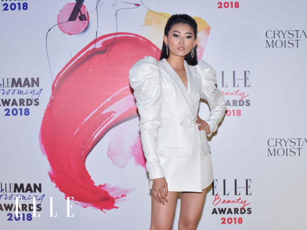 Elle Beauty Awards xu hướng làm đẹp nổi bật son bóng 1