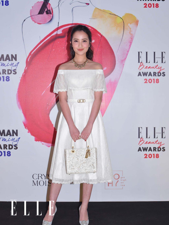 Elle Beauty Awards xu hướng làm đẹp nổi bật son đất 1