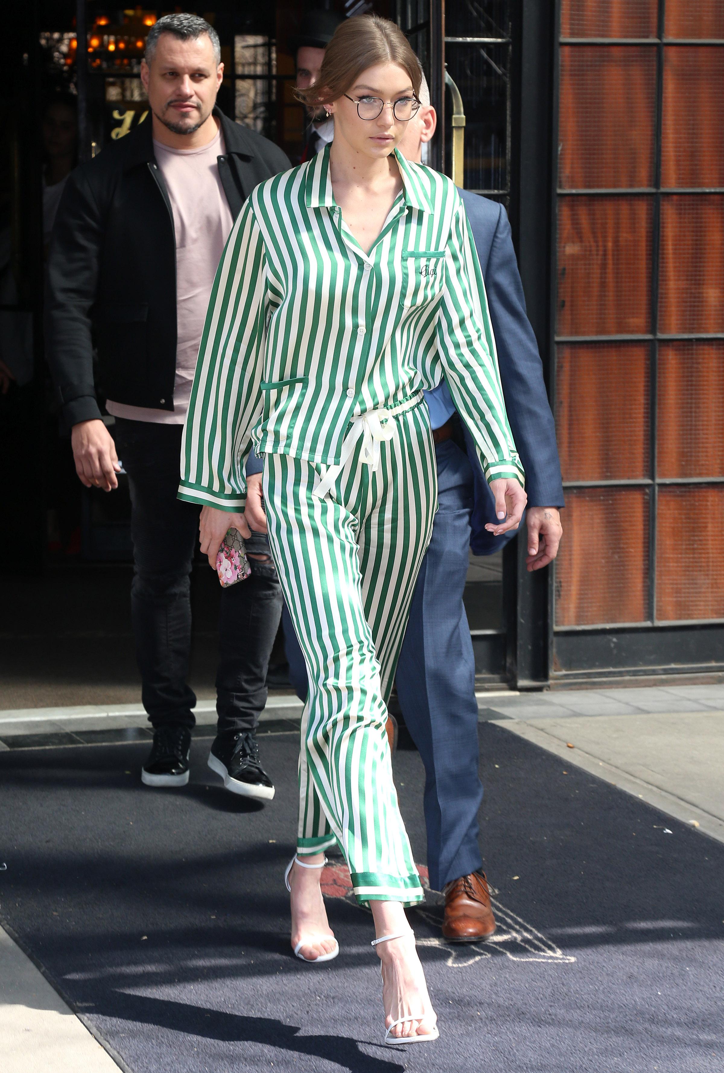 Khám phá gu thời trang mê hoặc của IT girl Gigi Hadid