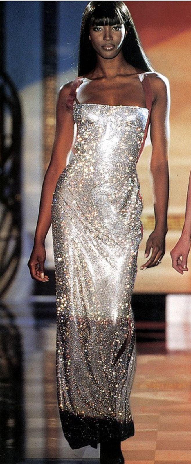 """Chiêm ngưỡng 21 thiết kế tuyệt đẹp của thương hiệu Versace trong """"American Crime"""" 11"""