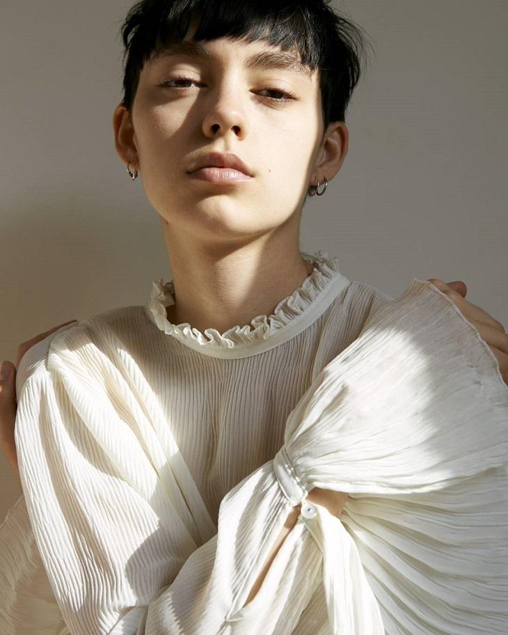 ELLE Việt Nam - Ngoài Kaia Gerber thì làng thời trang năm nay còn những gương mặt mới nào khác (1)