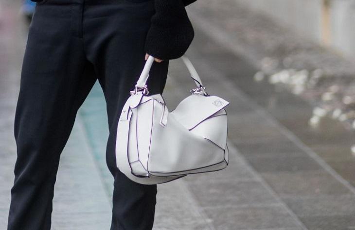 Những chiếc túi xách thời trang mang tính biểu tượng thời cận đại 7