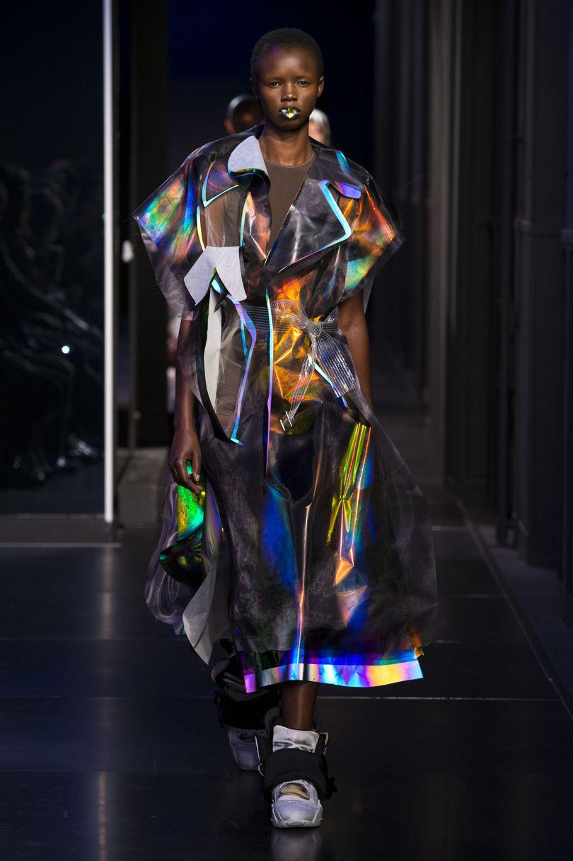 BST thời trang Maison Margiela Xuân 2018 Couture: Cảm hứng vị lai thống trị sàn diễn