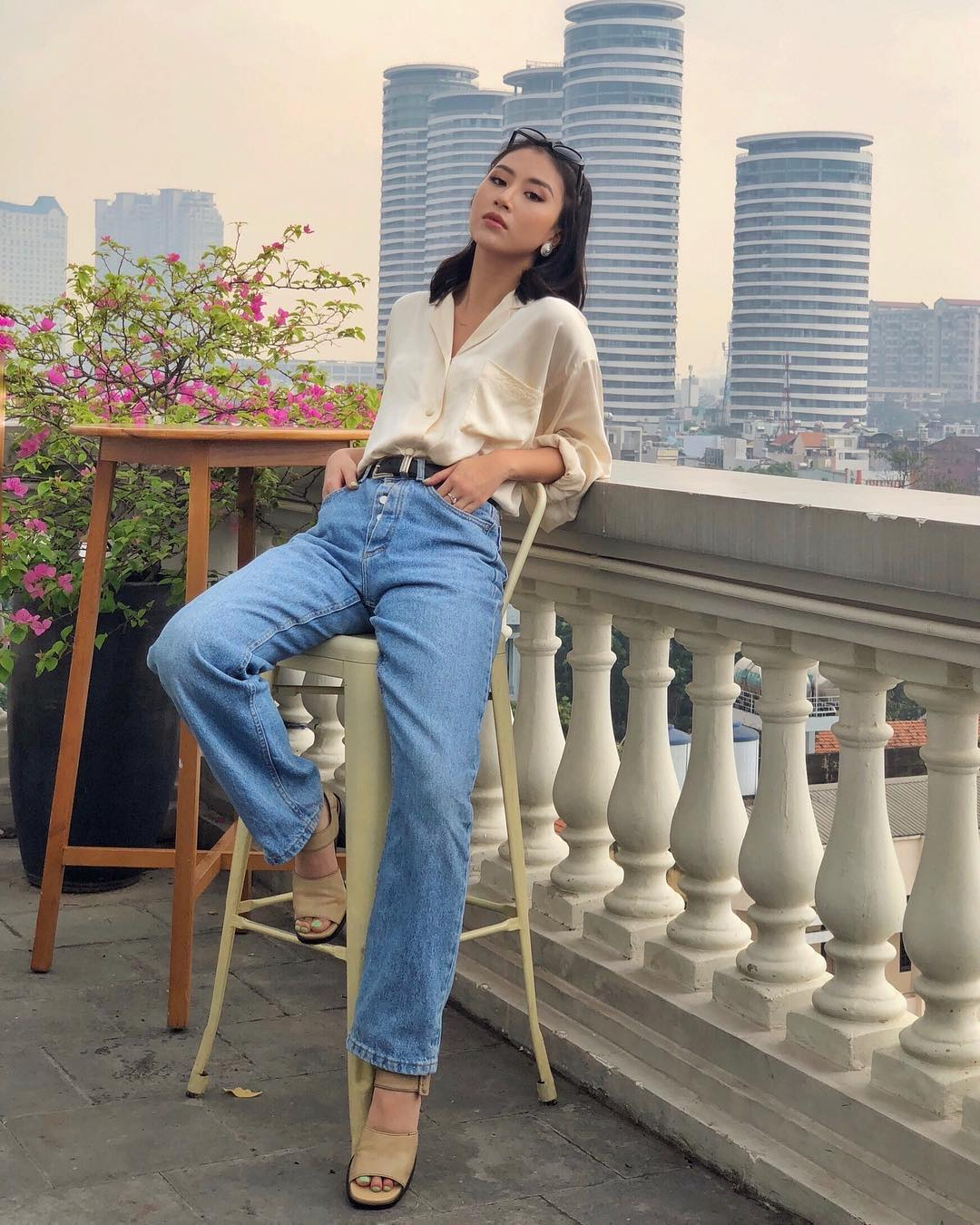 Tuần vừa rồi, sao Việt mặc gì: Quỳnh Anh Shyn