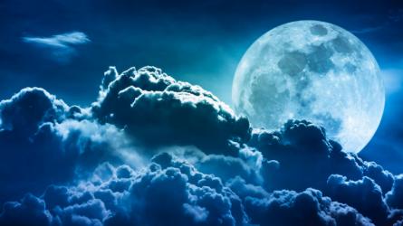 Siêu mặt trăng xanh hôm nay sẽ ảnh hưởng thế nào đến các cung hoàng đạo?