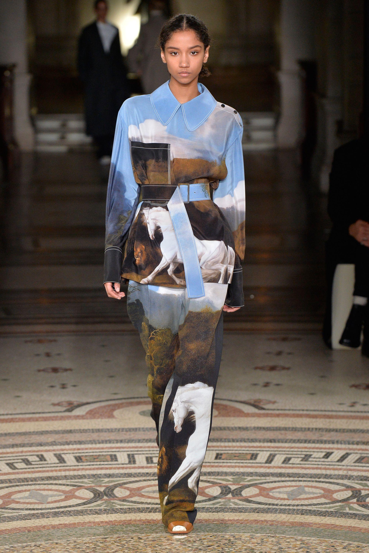 triển lãm thời trang: Fashioned Nature 3