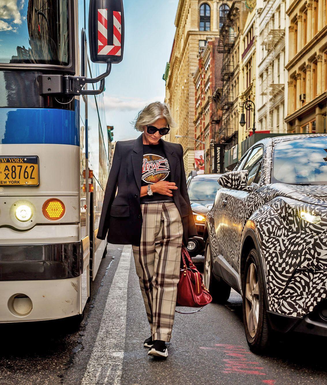 thời trang bất chấp tuổi tác của cụ bà tuổi 52 14