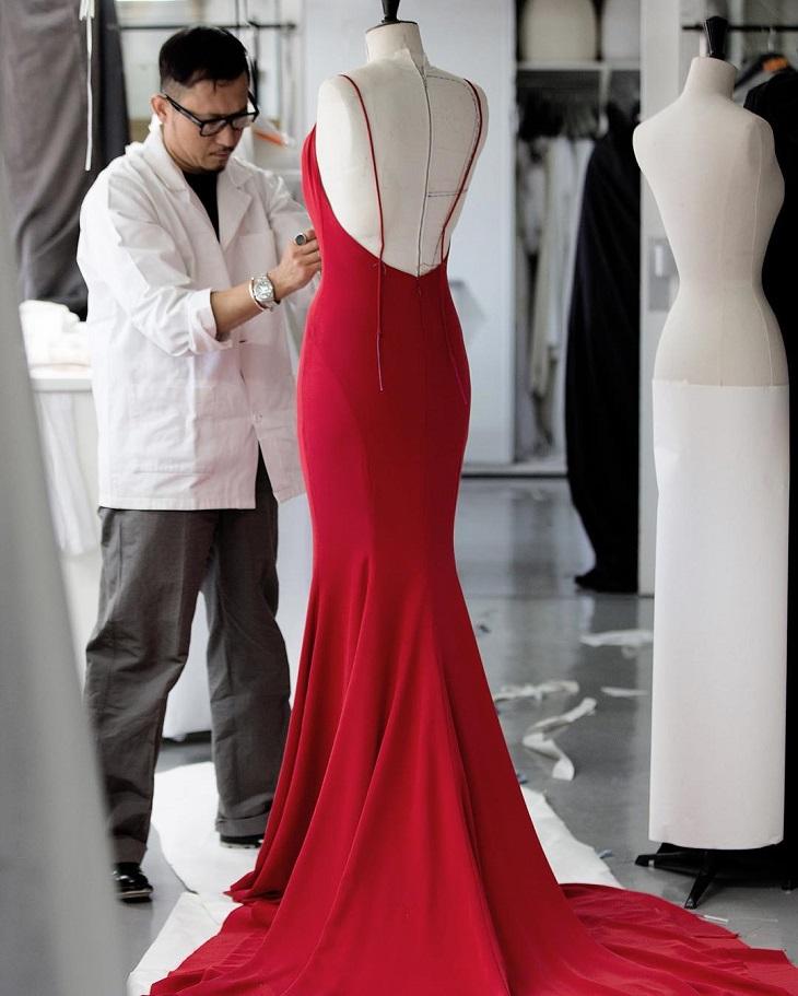 ELLE Việt Nam - 3 nhà thiết kế lừng danh giúp bạn trả lời câu hỏi tại sao thời trang cao cấp lại quan trọng (3)