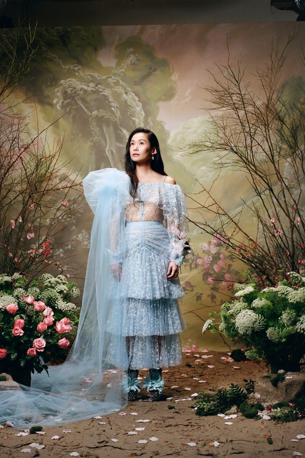 Nữ diễn viên Hồng Châu bất ngờ xuất hiện trong bộ ảnh quảng bá của hãng thời trang danh tiếng