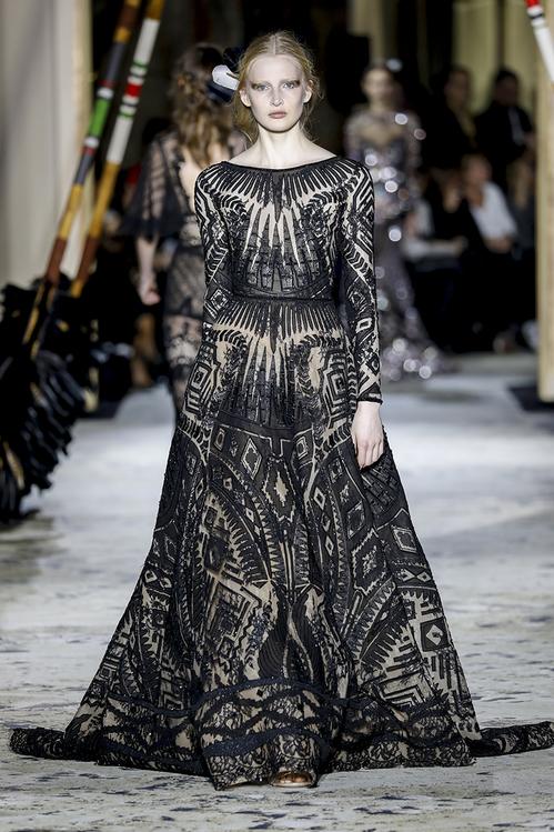 ELLE Việt Nam - Những thiết kế tốn thời gian nhất trong tuần lễ thời trang cao cấp Haute Couture 2018 (12)