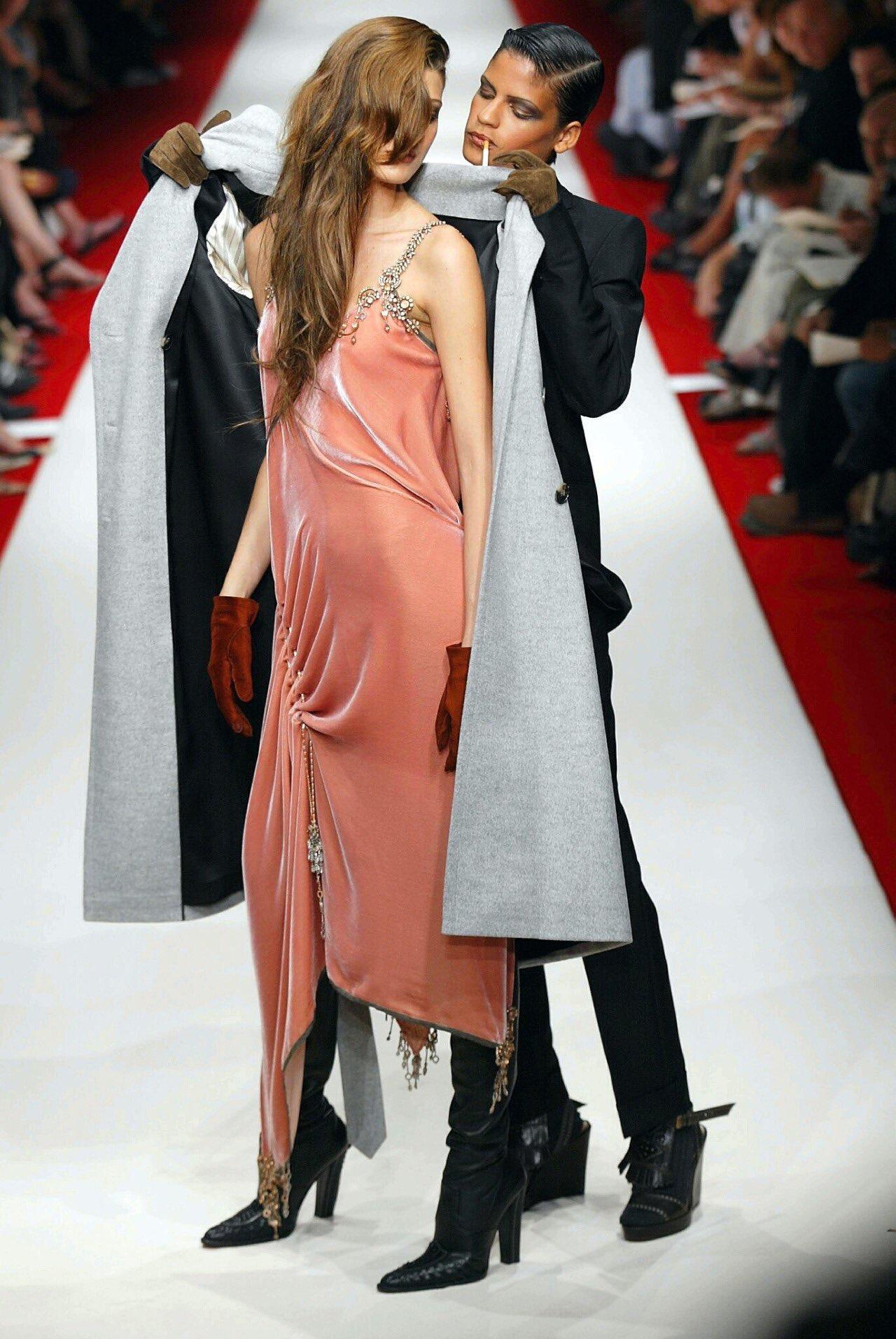 10 khoảnh khắc lịch sử Haute Couture 2