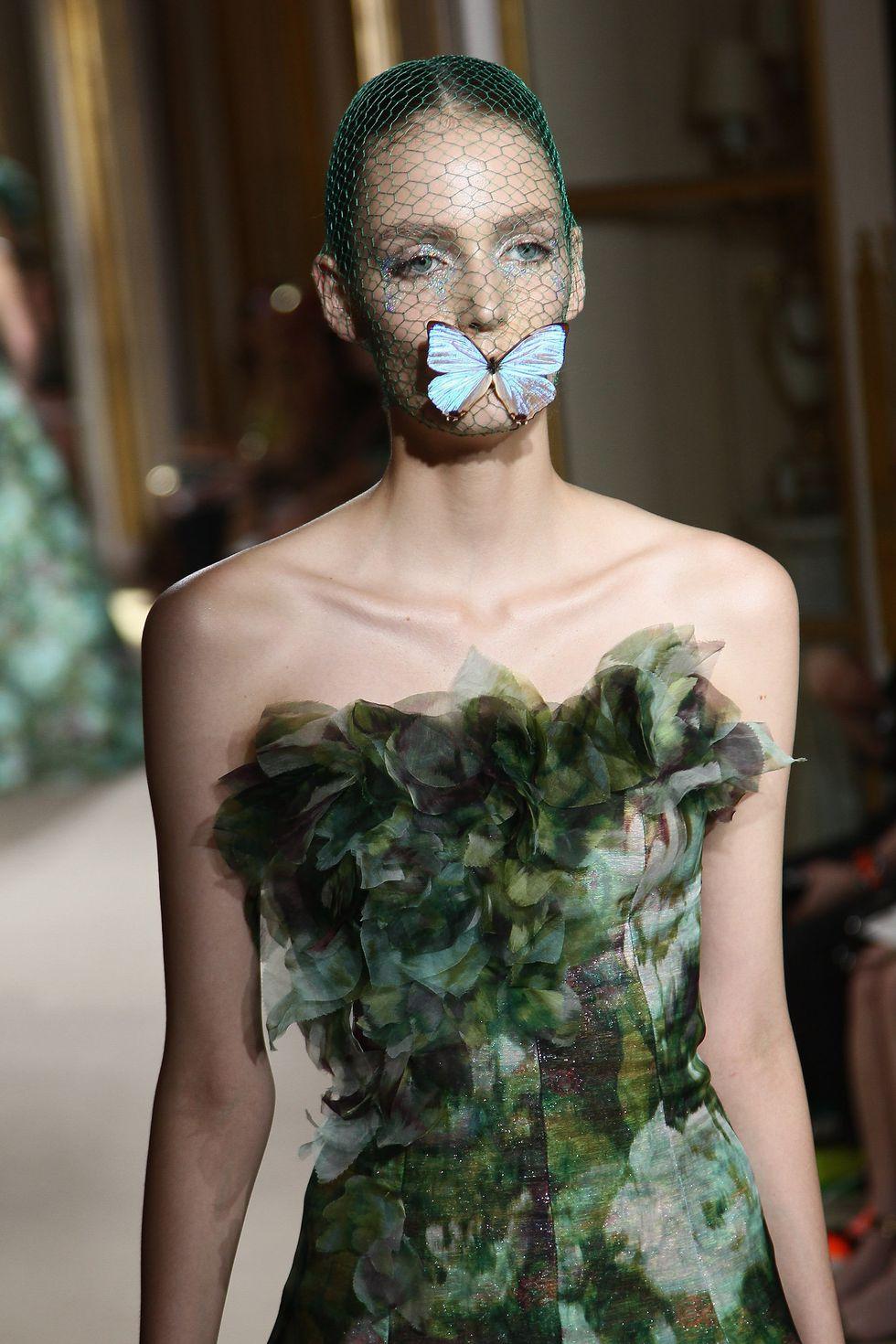 10 khoảnh khắc lịch sử Haute Couture 5