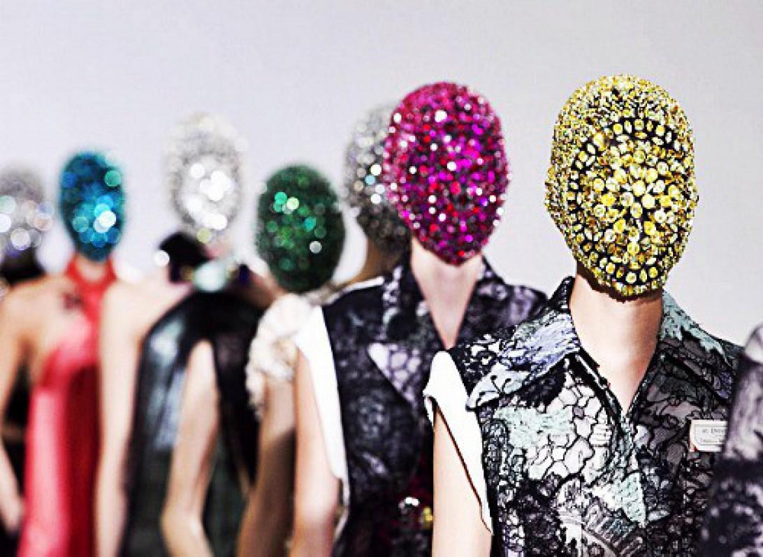 10 khoảnh khắc lịch sử Haute Couture7