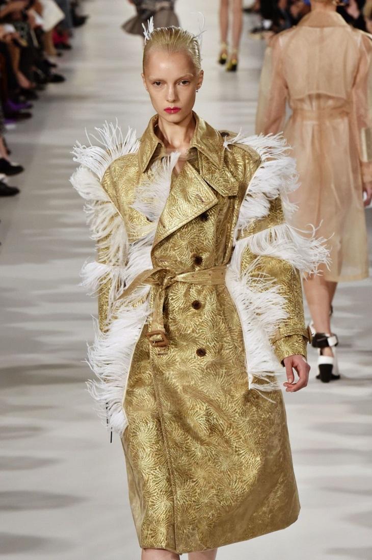 """ELLE Việt Nam - Có bao giờ thế giới thời trang """"quên"""" được chiếc áo trench coat (4)"""