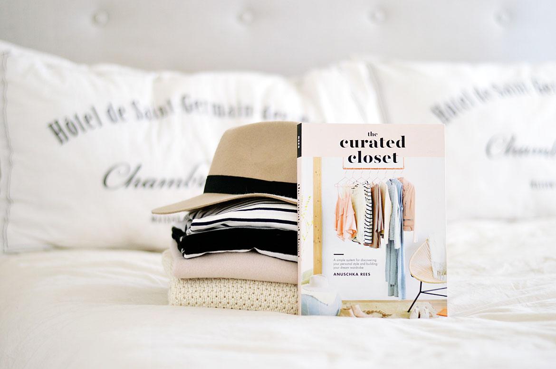 The Curated Closet - Công thức tạo phong cách thời trang cá nhân của bạn
