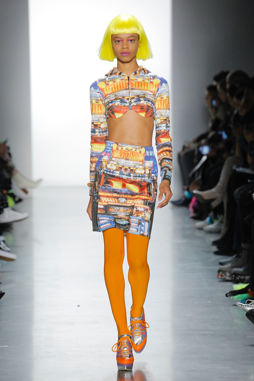 Thương hiệu Jeremy Scott Ready-to-wear Thu-Đông 2018: Rực rỡ sắc màu viễn tưởng 13