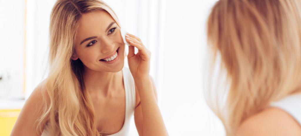 6 cách làm sạch da mặt khiến nhan sắc bị đánh cắp