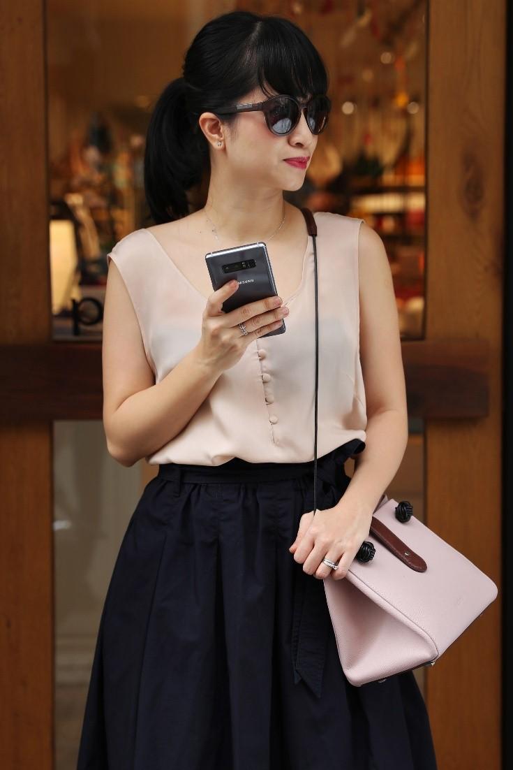 Cách mặc đẹp với gam màu tím hot nhất năm 2018