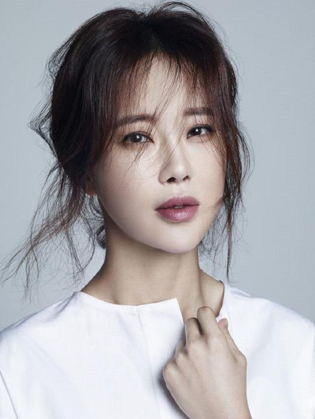Baek Ji Young 2