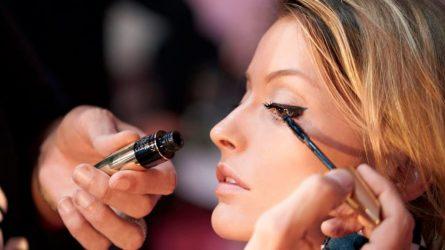 Cách chuốt mascara không lem suốt ngày dài chỉ với vài mẹo nhỏ