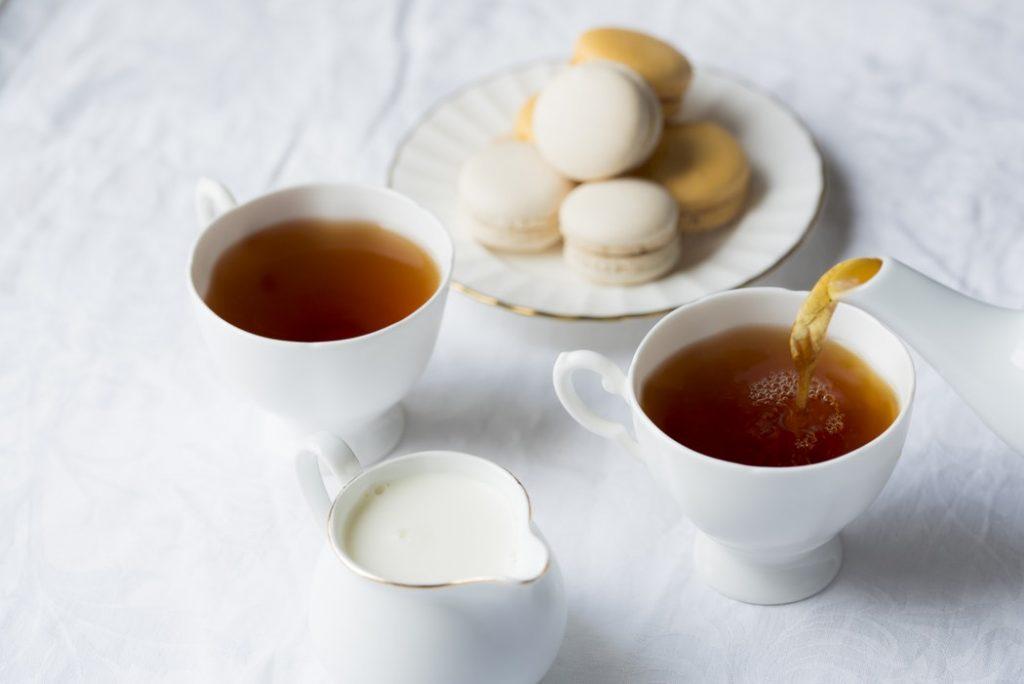 """Trị mụn bằng mật ong và trà xanh - Công thức làm """"dậy sóng"""" giới làm đẹp"""