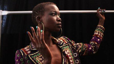 Người mẫu da màu ngày càng xuất hiện nhiều hơn trên sàn diễn thời trang