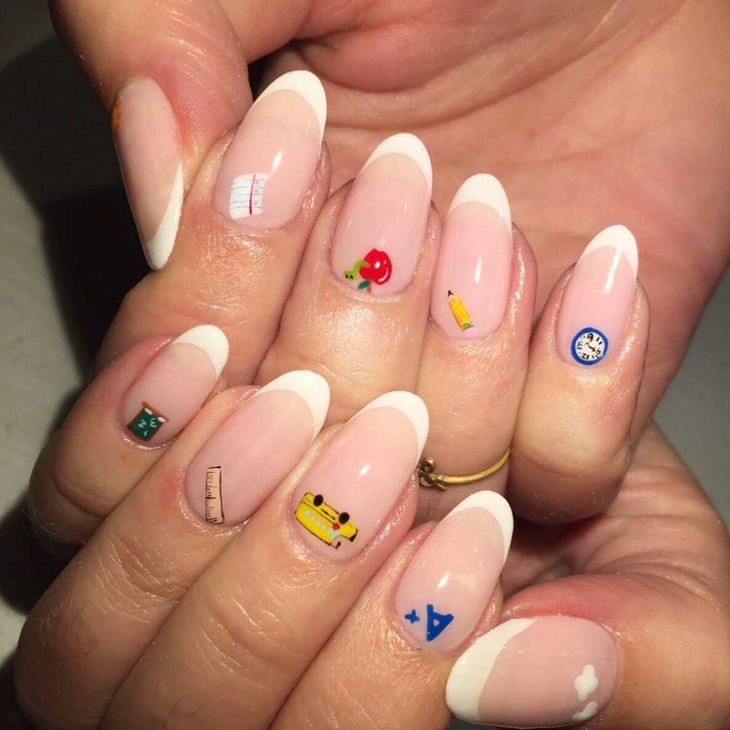 mẫu sơn móng tay đẹp kiểu Pháp 20