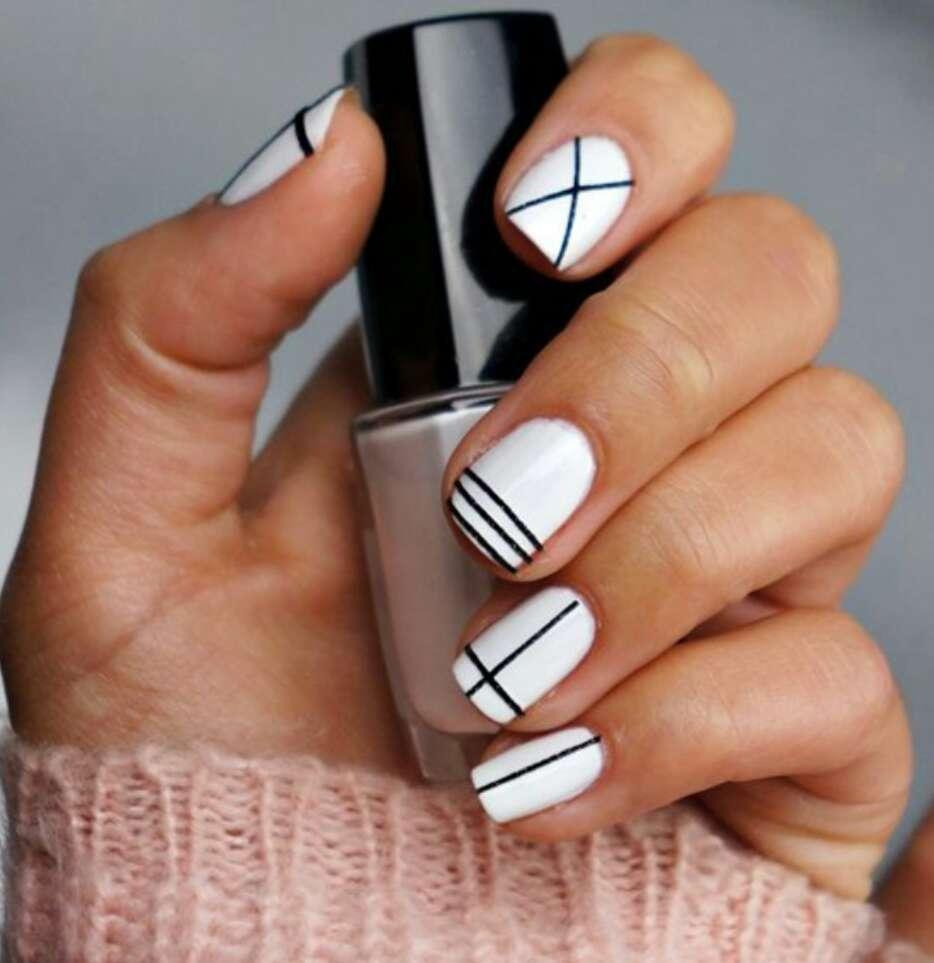 mẫu sơn móng tay đẹp kiểu Pháp 7