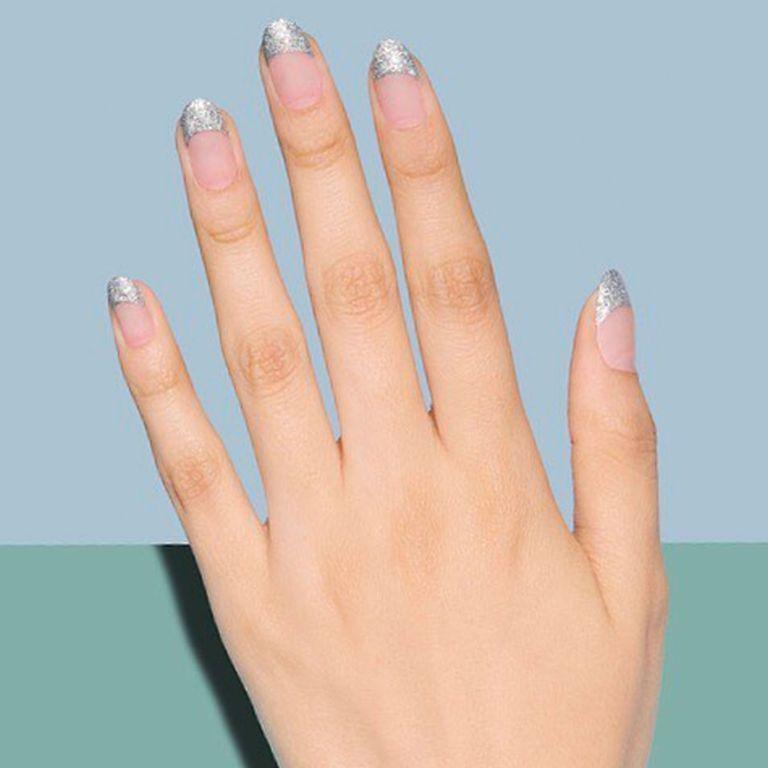 mẫu sơn móng tay đẹp kiểu Pháp 18