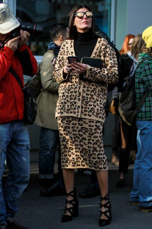 Phong cách street style đặc sắc ủng hộ các nhà mốt cựu trào tại Milan Thu – Đông 2018