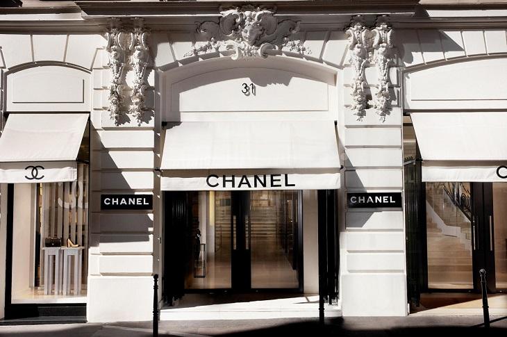ELLE Việt Nam - Kaia Gerber trở thành nàng thơ mới cho Chanel trong chiến dịch túi xách mùa xuân 2018 (5)
